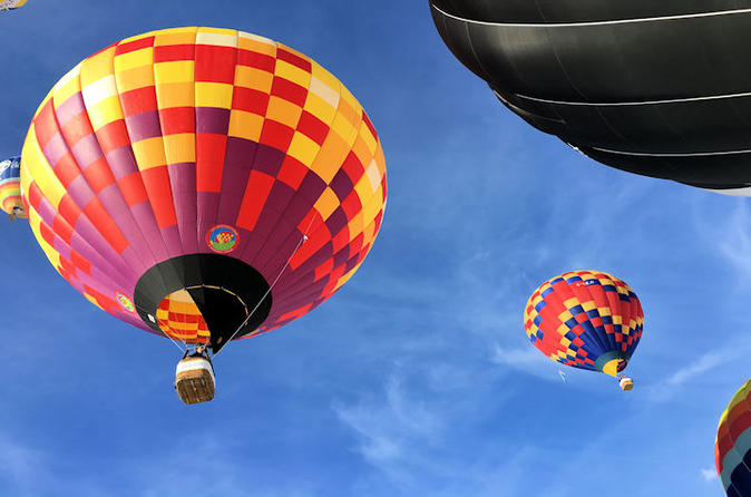 Private bristol balloon fiesta champagne flight for two in bristol 327104