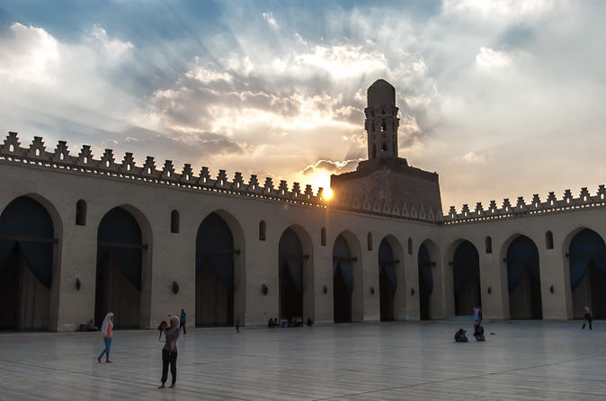 Private Guided Tour around Islamic Cairo Mosques Gates and Bazaar including Lunch