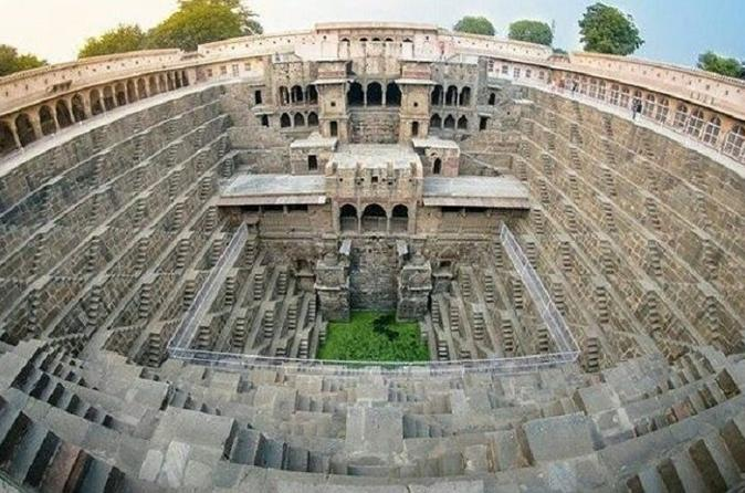 Abhaneri Step Wells Day Tour With Lunch - Jaipur