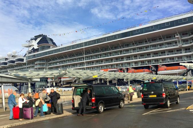 Port Arrival or Departure Transfer: London and Southampton