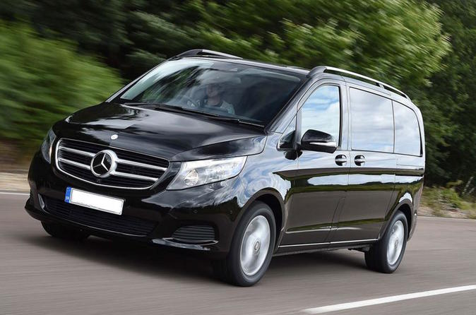 Private Arrival Transfer from London to Southampton Cruise Terminal