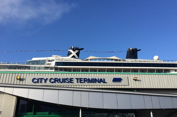 Private Minivan Arrival Transfer from Southampton Cruise Terminals to London