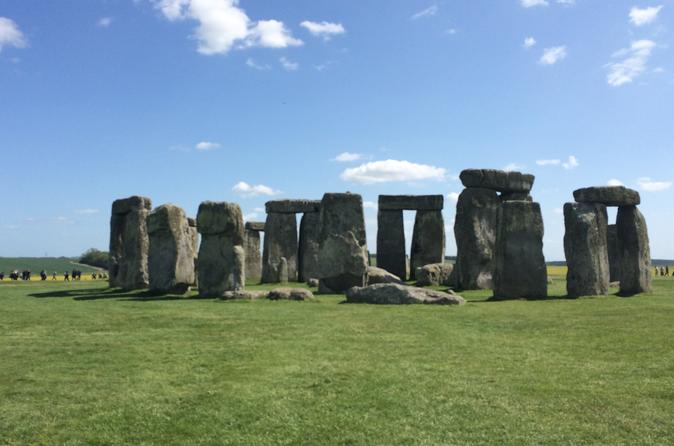 Private Port Transfer: Central London to Southampton Cruise Port Including Stonehenge