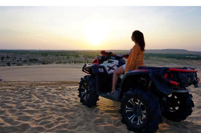 Sunrise or Sunset Jeep Tour at Mui Ne Sand Dunes