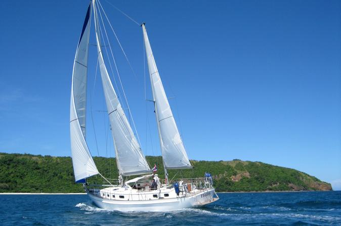 3-Day Small-Group Sailing Trip from Koh Samui