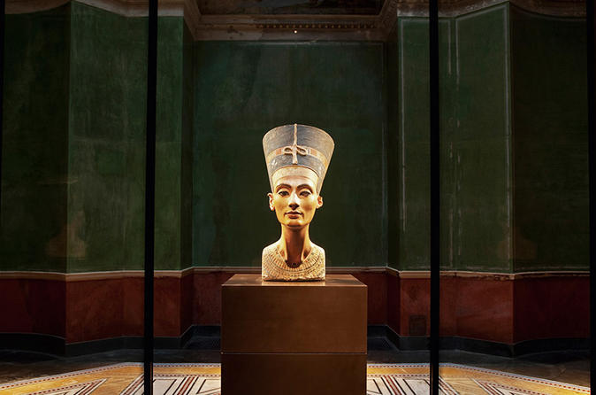 Private 3-Hour Berlin's Neues Museum Walk with an Art Historian