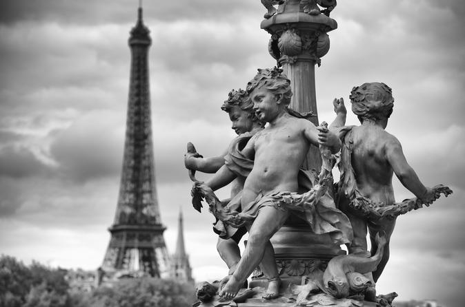 Private Tour: Paris Full-Day Sightseeing Tour with Eiffel Tower