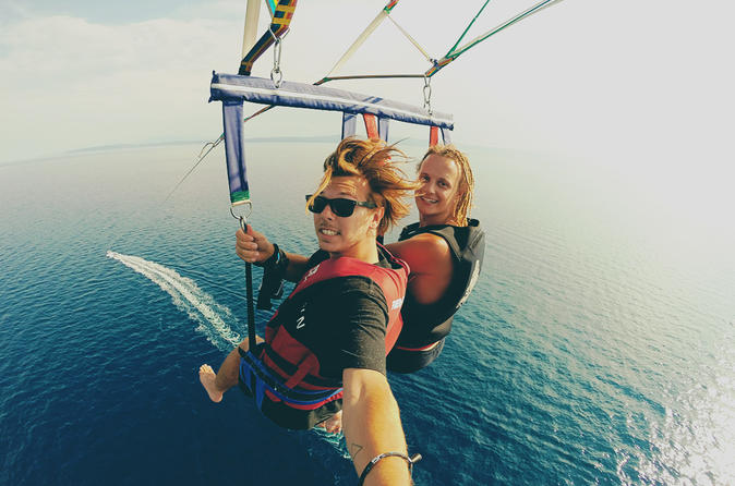 Private parasailing from vilamoura in quarteira 453152