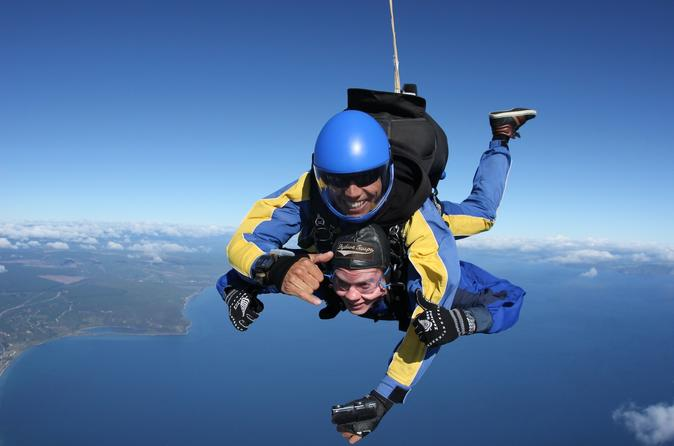 Tandem skydive in taupo from 12000 ft in taupo 324448