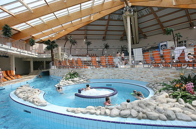 Aquapalace Prague Half-Day Admission Ticket Including Round-Trip Transfer