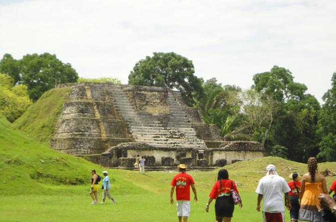 Viator Exclusive: Belize City and Altun Ha Mayan Site Tour