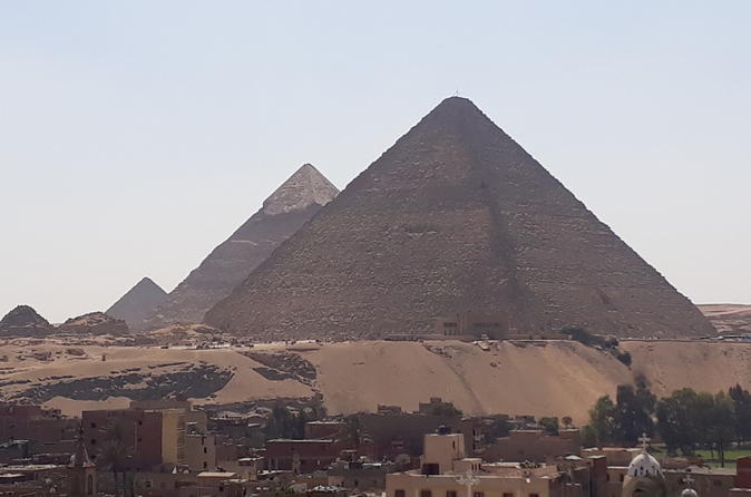 Full Day Tour of Giza Pyramids, Egyptian Museum, Islamic Cairo with Lunch