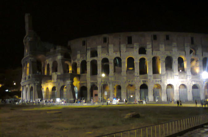 Group Walking Tour of the Colosseum and Roman Forum