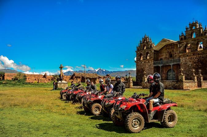 Aventura de 4x4 no Vale Sagrado saindo de Cusco