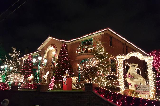 Christmas lights in dyker heights brooklyn in new york 414659