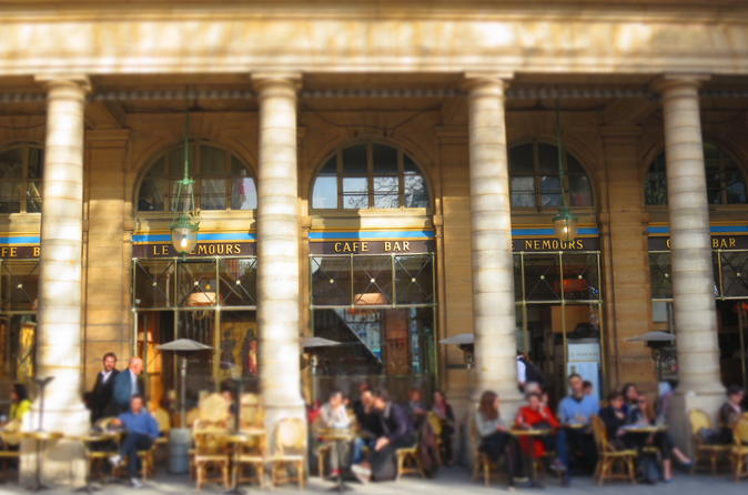 Right Bank Of Paris 2-Hour Private Walking Tour