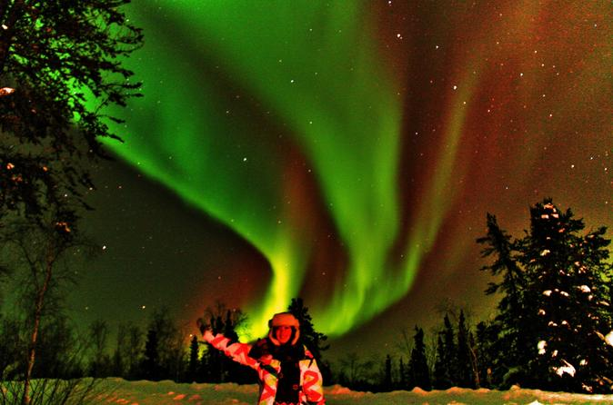 2 nights aurora hunting with accommodation in yellowknife 231467