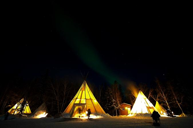 Yellowknife northern lights viewing tour including 3 nights in yellowknife 239567