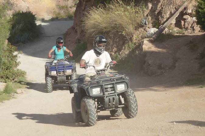 Excursão de ATV para Maras Moray saindo de Cusco
