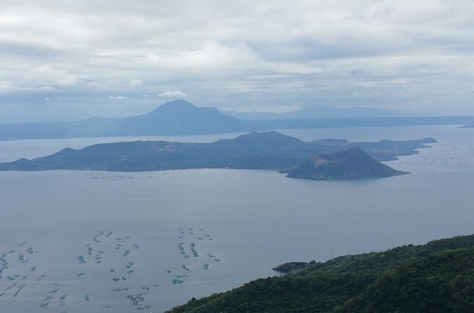 Tagaytay City and Taal Lake Sightseeing Tour