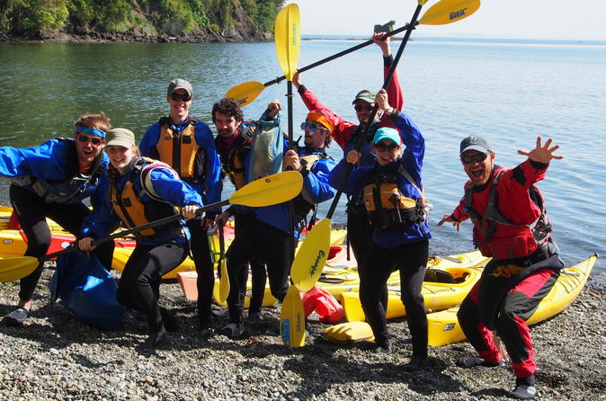 Sea kayak and mountain bike adventure near olympic national park in port angeles 293951