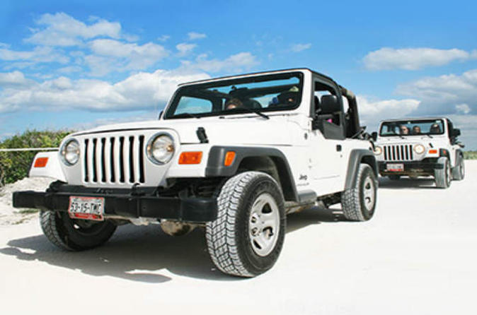 Jeep Tour in Cozumel with Snorkeling, Punta Sur and Beach Break from Cancun and Riviera Maya