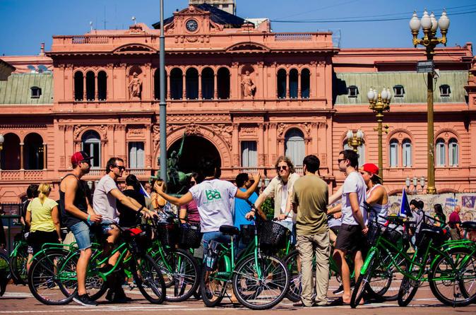 Excursão de bicicleta pelo circuito sul de Buenos Aires incluindo Caminito