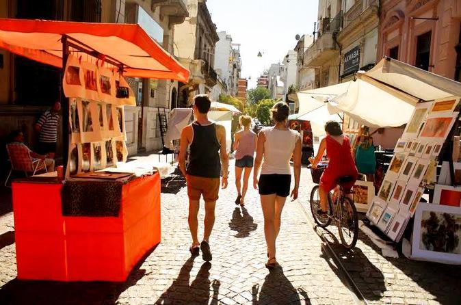 Excursão de bicicleta pelos mercados de Recoleta e San Telmo