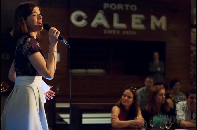 Spettacolo di fado a Porto, Degustazione e Visita alle Cantine Cálem