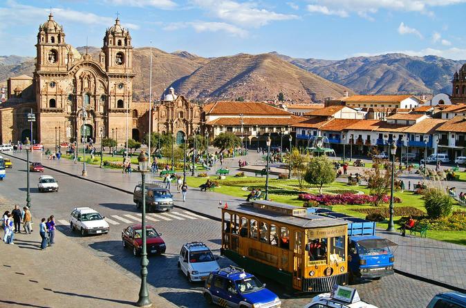 Excursão particular histórica de meio dia em Cusco com Sacsayhuaman
