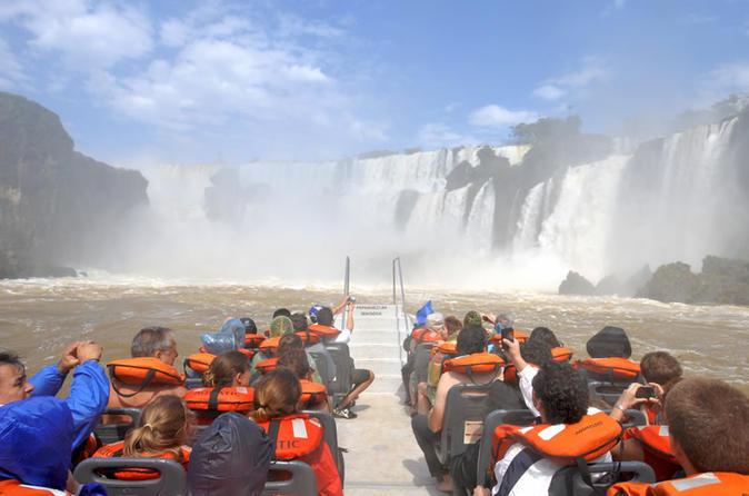 Private argentinian iguaz falls in puerto iguaz 217682