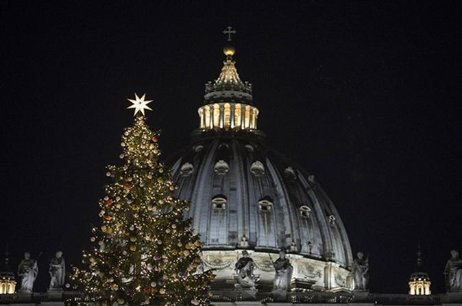 Christmas Nativities and Angels Tour in Rome