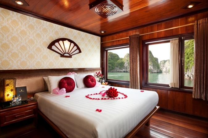 Overnight Halong Bay Cruise
