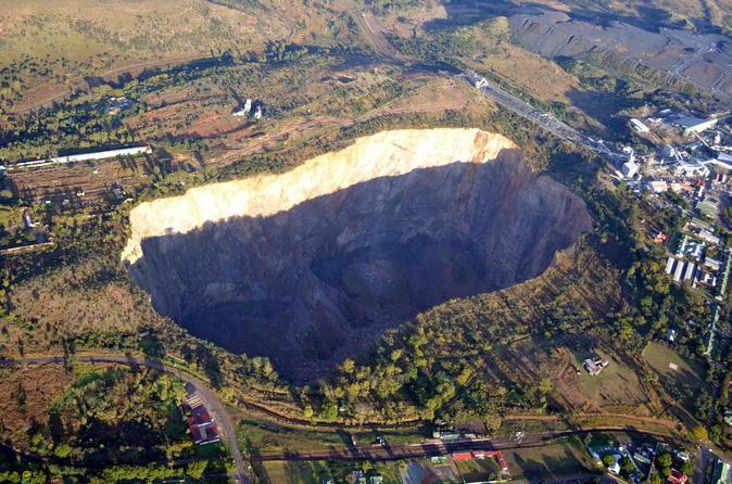 Half-Day Cullinan Diamond Mine Tour from Johannesburg or Pretoria