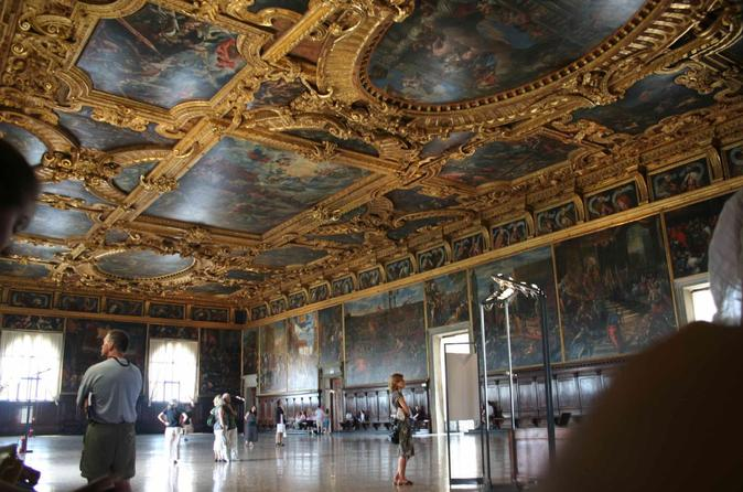 Morning Venice Walking Tour plus Doge's Palace Guided Visit