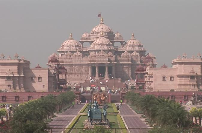 Day Tour of Temples in Delhi