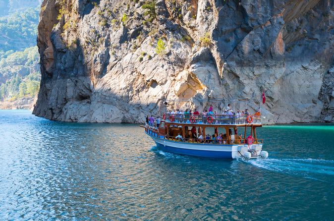 Picturesque Cruise On The Green Canyon With Buffet Lunch