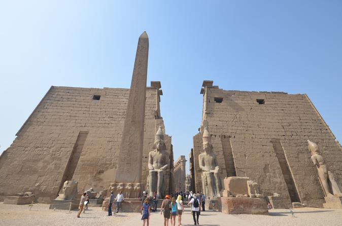 Viagem particular guiada de um dia para Luxor, saindo do Cairo de avião