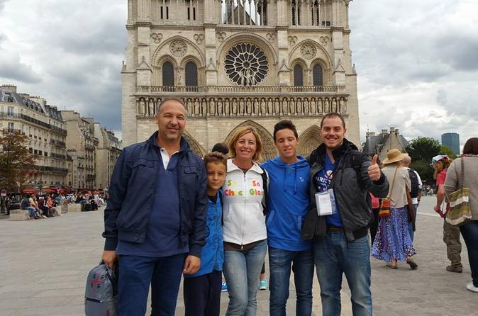 Private Walking Tour of Paris Including Notre Dame and Ile de la Cité