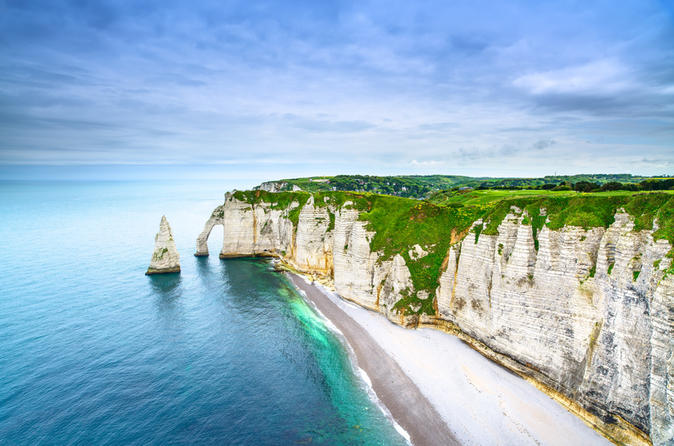 Full-Day Excursion to Étretat and Le Havre Including Impressionist Cooking Class and Visit to Musée Malraux