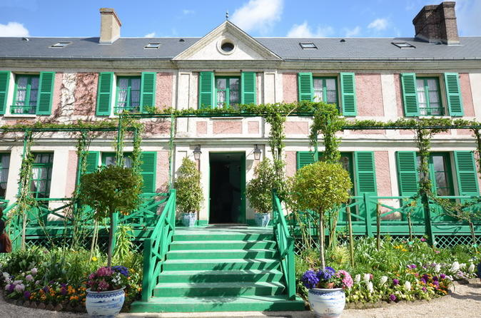 Paris Private Trip to Giverny: Claude Monet's House and Gardens and Musée des Impressionnismes