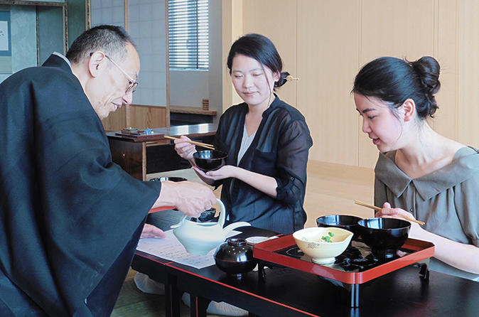 "Authentic ""Chaji"" Matcha Ceremony Experience and Kaiseki Lunch in Tokyo"