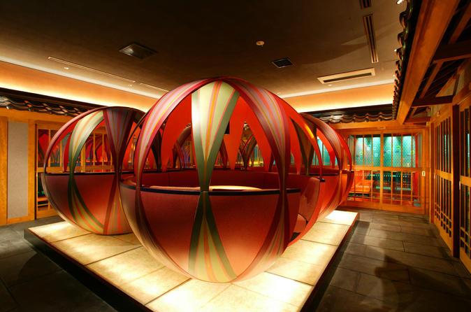 Tokyo Robot Cabaret Show including Dinner at a Temari Izakaya Restaurant