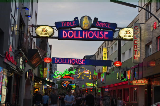 Hamburg Walking Tour: Red Light District and Reeperbahn