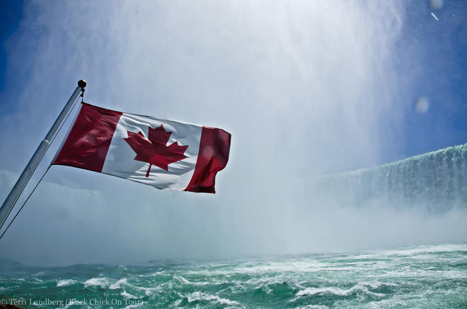 Niagara Falls Sightseeing Tour from Toronto with Hornblower Boat