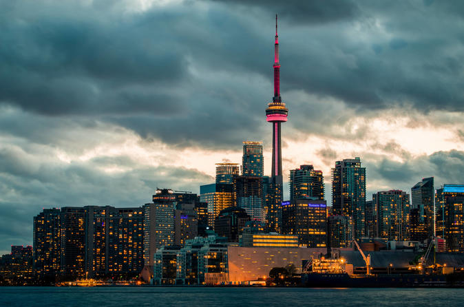 Toronto and Niagara Falls private Tours