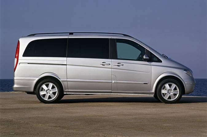 Thessaloniki Private Airport Transfers for Up to 8 People