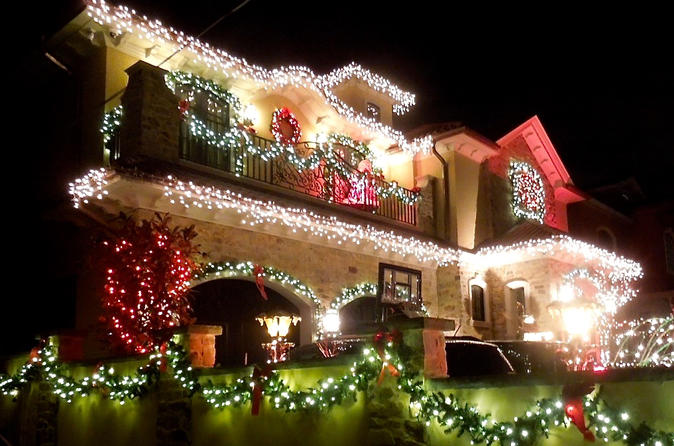 christmas lights in north america new york chicago quebec