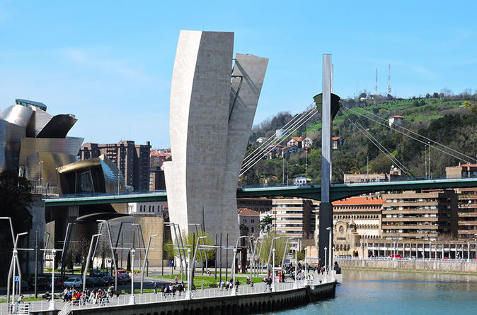 Bilbao private walking tour with guggenheim museum in bilbao 209765
