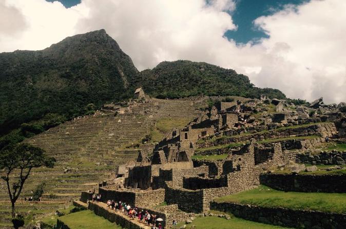 Excursão durante a noite: Trilha Huchuy Qosqo para Machu Picchu